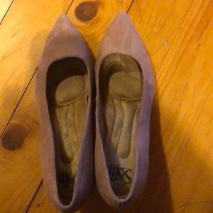 Soft brand Suede kitten heels. Dusty pink.